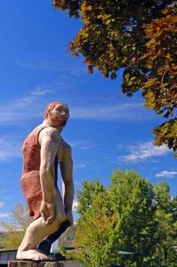 Caveman_Statue_(Josephine_County,_Oregon_scenic_images)_(josD0008)